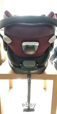 Cybex Priam 2-in-1 Light Seat and Cloud Q baby car seat with isofix base