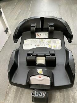 Doona car seat stroller With Isofix Base (used)