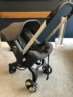Doona car seat stroller with isofix Base Grey And Black