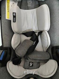 Doona car seat with isofix base. USED. With bag rain cover