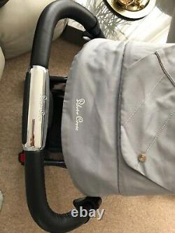 Silver Cross Pioneer Travel System Grey/ Silver Cross Car Seat/carrycot/extras