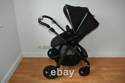 Travel System 3in1 Silver Cross Pioneer Graphite frame inc Simplicity Car Seat
